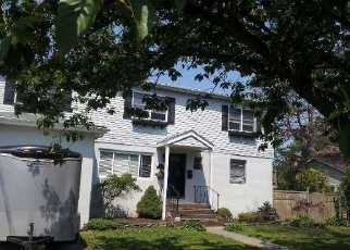 Amityville Home Foreclosure Listing ID: 2768022