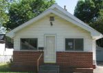 in DES-MOINES 50317 2741 E GRAND AVE - Property ID: 3991745