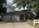 in KANSAS-CITY 64134 8704 E 107TH ST - Property ID: 4045554