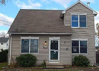 Windsor Locks Home Foreclosure Listing ID: 4077035