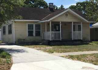 Saint Petersburg Home Foreclosure Listing ID: 4133681