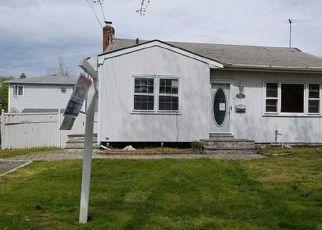 Lindenhurst Home Foreclosure Listing ID: 4146417