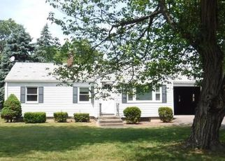 Windsor Locks Home Foreclosure Listing ID: 4154419