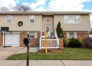 Lindenhurst Home Foreclosure Listing ID: 6302033