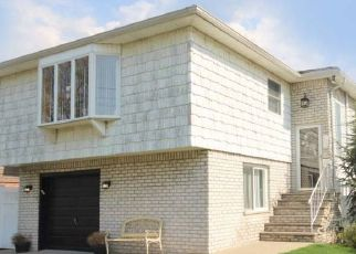 Staten Island Home Foreclosure Listing ID: 951397